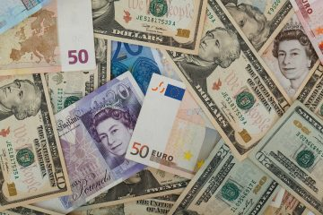 Dollar Gains Due to Holiday while Pound Slides Amidst Brexit Woes