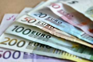 Euro Dips due to Fears of French Lockdown